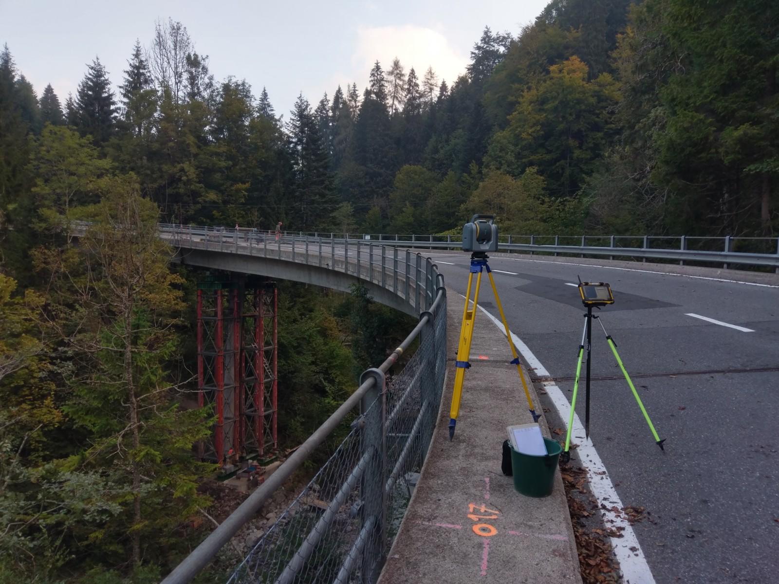 Stationierung auf der Lombachbrücke